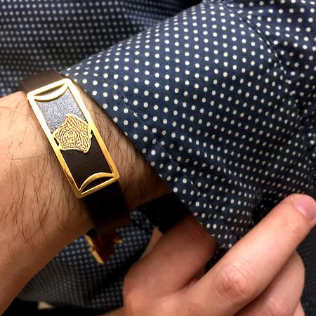 دستبند چرم طرح ورساچه